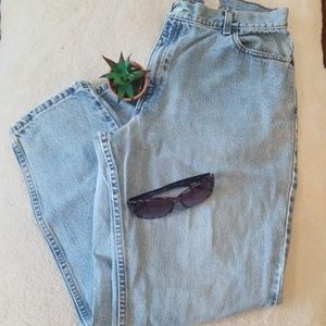 Vintage Mom Levi's Relaxed Fit Tapered Leg Jeans